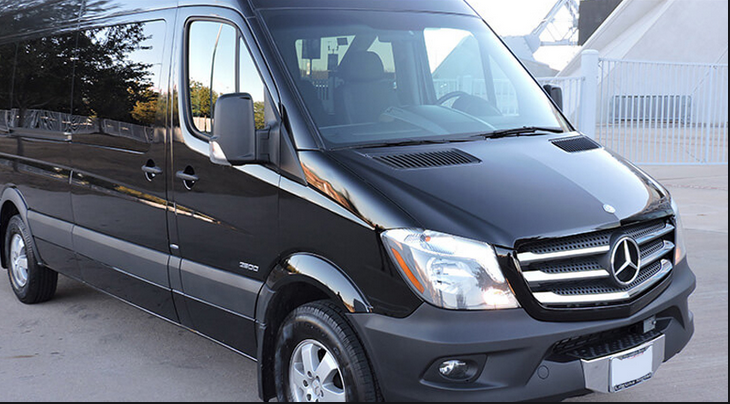 Learn about Automatic Van Hire in-depth and apply for it across the UK