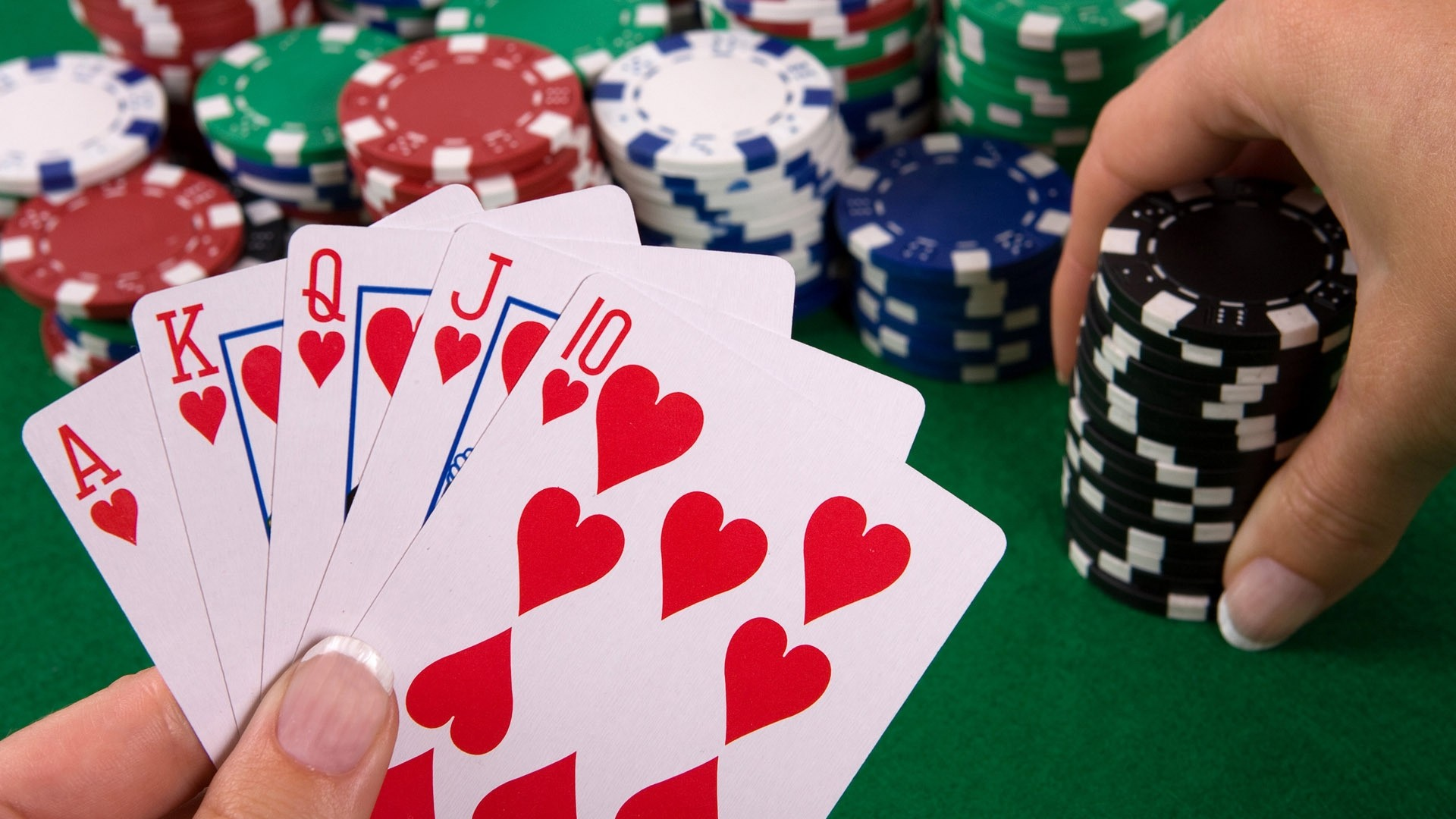 Learning the most popular versions of your poker online game
