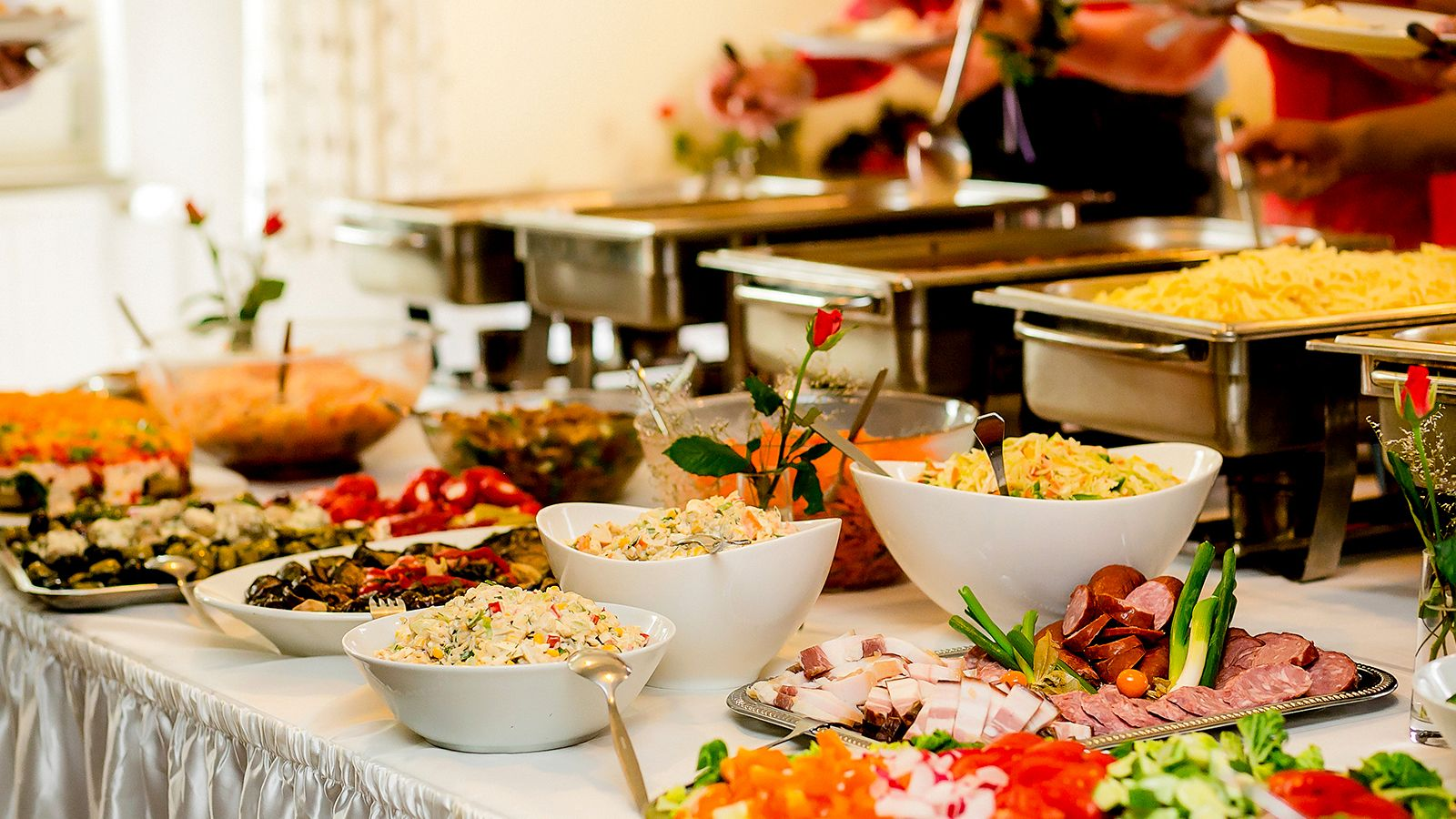 Entering your website, you can   register and hire your party catering service