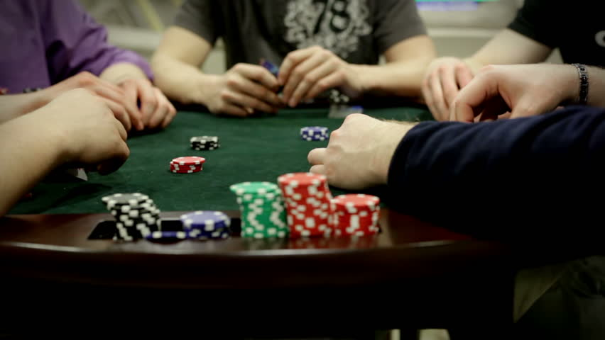 Rewarding of poker on-line