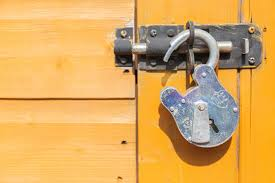 Situations at which   locksmiths have an important role