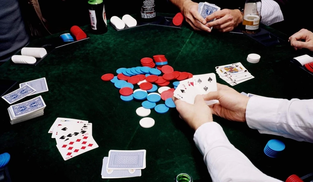 Technique for Online Blackjack — Decreasing the On line casino   Reward
