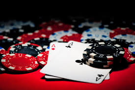 Factors to consider when you are choosing an online gambling website